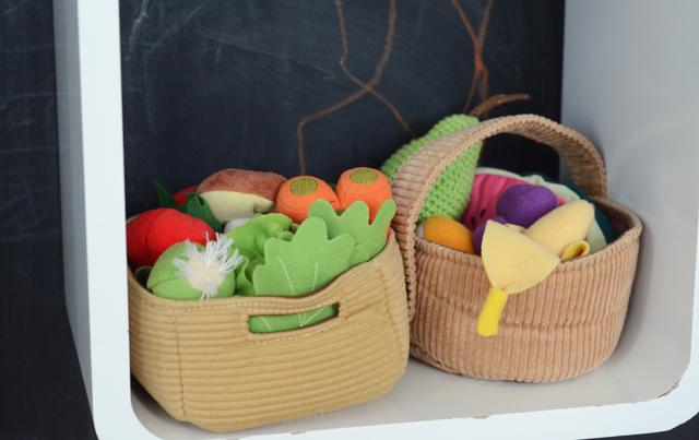 Legetøj-frugt-grøntsager